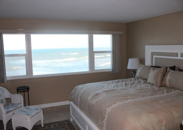 Oceanfront Beautiful Condo! Stunning View with heated pool on the Ocean! #15