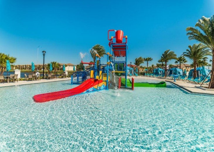 Clubhouse water park