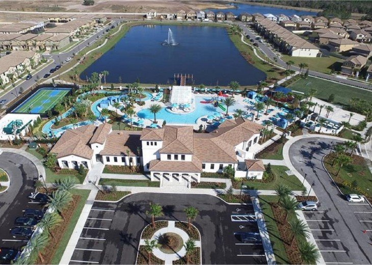 Club house and Resort-style heated Pool with Lazy River, Tiki Bar & Spa
