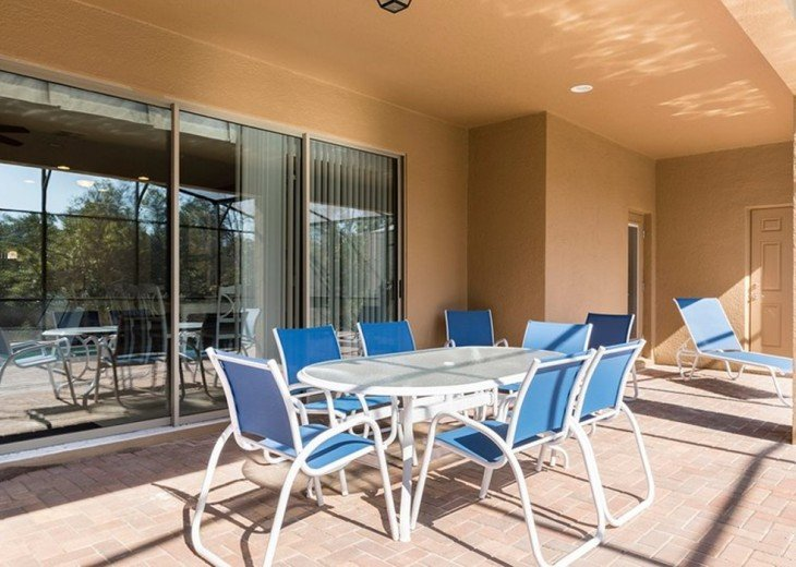 BBQ Patio table and lounge chair