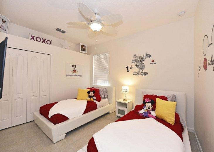 Elegant 4BR 3bth Solterra Home w/Pool, Spa & Gameroom - SR4075 #10