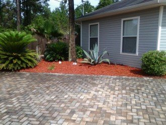 Paver driveway for two vehicles