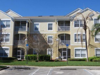 Sensational 3 Bedroom with everything Upgraded Low Weekly Rates #1