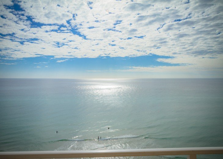 Beachfront/FREE beach chairs/Clean/Wifi/Family Friendly/ Panama City Beach 2b/2b #47