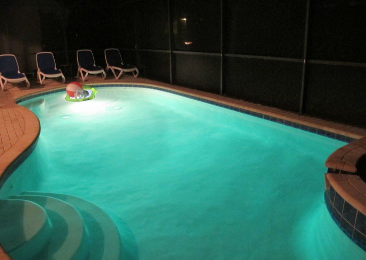 End of the year special--New Waterpark-Windsor Hill Luxury 6B/4B/Pool house #26