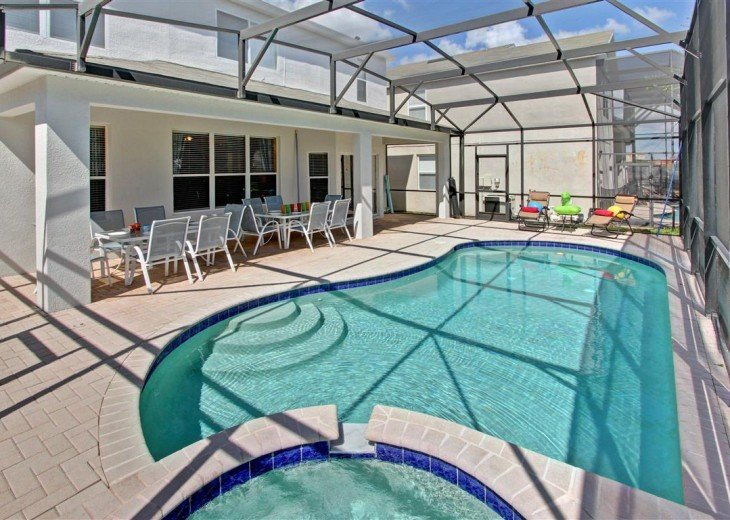 End of the year special--New Waterpark-Windsor Hill Luxury 6B/4B/Pool house #24