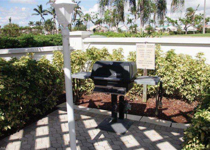 TWELVE OAKS 1st Floor Condo Lely Resort #19