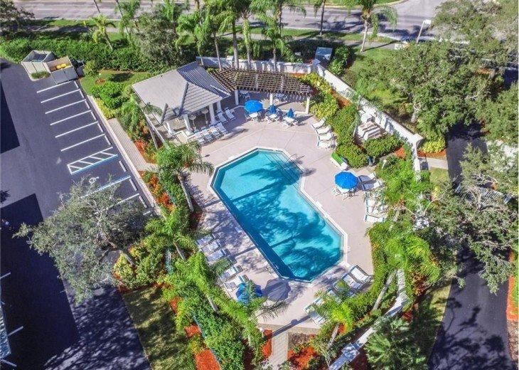 TWELVE OAKS 1st Floor Condo Lely Resort #15