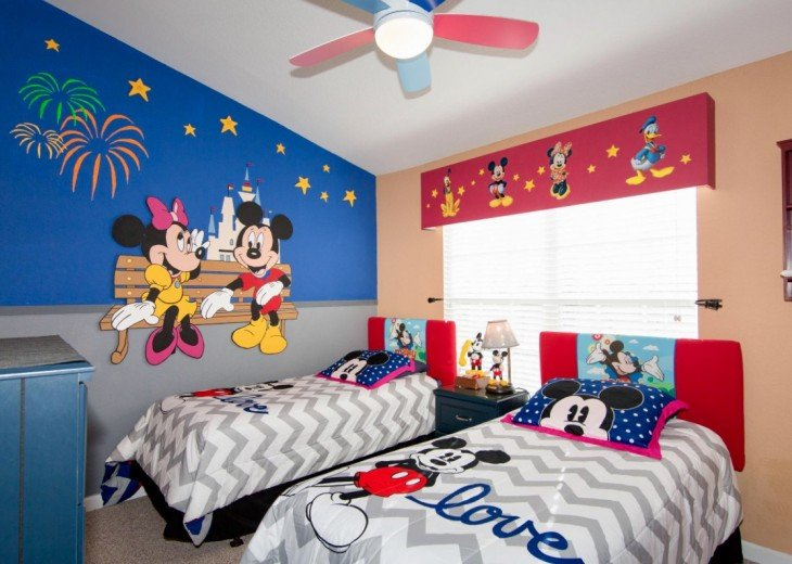 Mickey's World 2