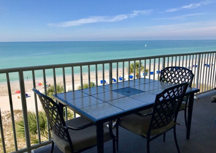 AUGUST/FALL SPECIALS DIRECT OCEAN FRONT 3BED 2BH CONDO #18