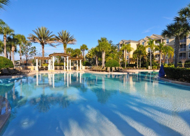 2 Miles to Disney World. 6 BR with Private Pool & Spa. Fireworks Views #33