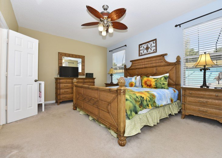 2 Miles to Disney World. 6 BR with Private Pool & Spa. Fireworks Views #15