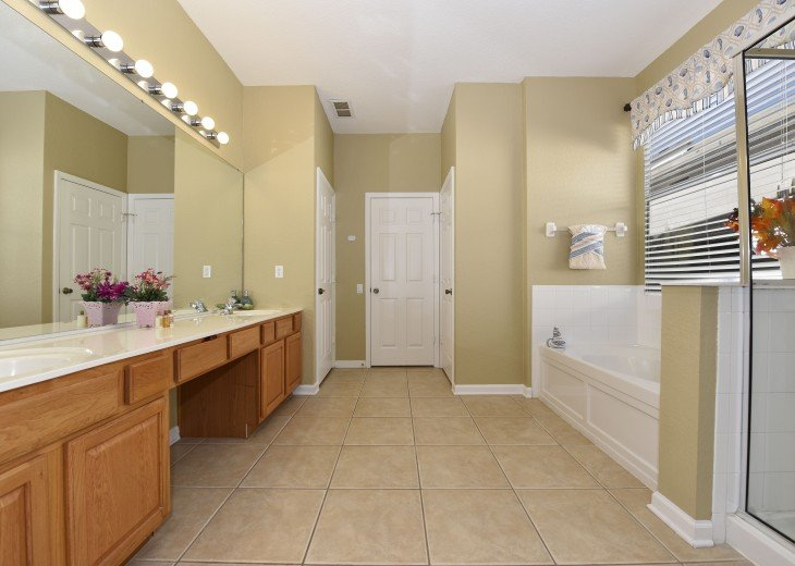 2 Miles to Disney World. 6 BR with Private Pool & Spa. Fireworks Views #19