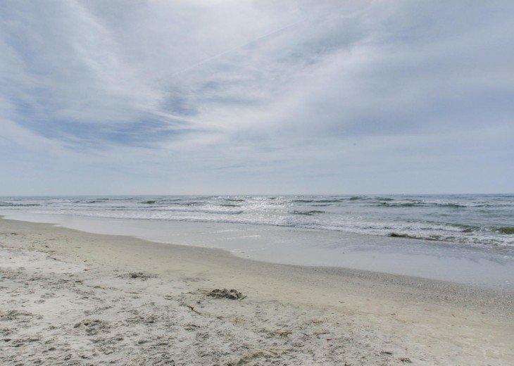 Direct Gulf Front Beach Condo #26
