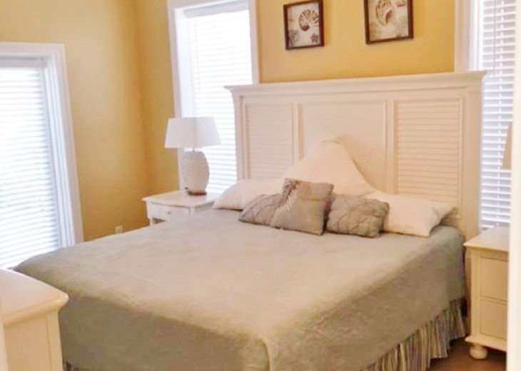WOW! Room for all. Destin Pearl - 8bd/7ba Large Priv Pool/Spa/Gulf View-Golfcart #22